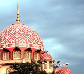 Putra Mosque, Putrajaya | Tourism Malaysia