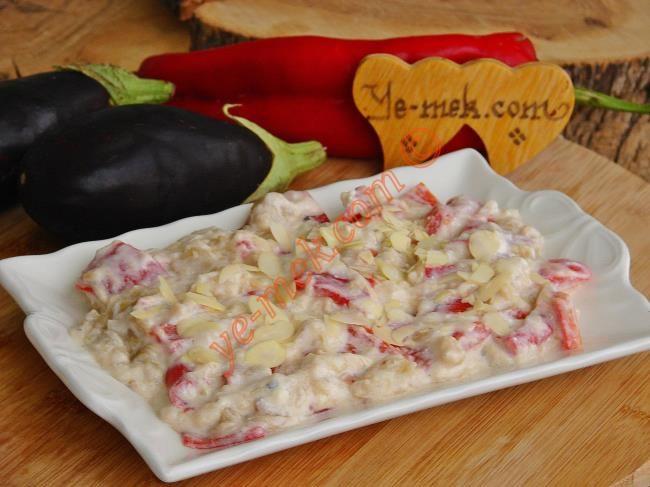 Közlenmiş Kırmızı Biberli Patlıcan Salatası Resimli Tarifi - Yemek Tarifleri