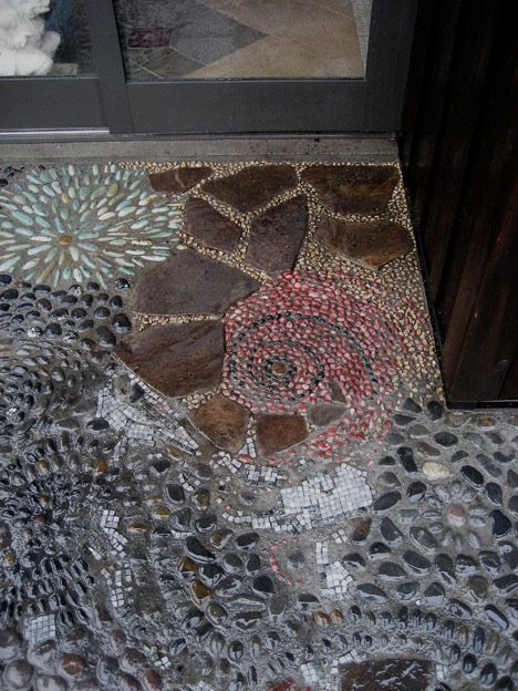 Pebble Mosaic Entrance - Bruce, we could do this with rocks we have collected in our travels, memorites under foot.