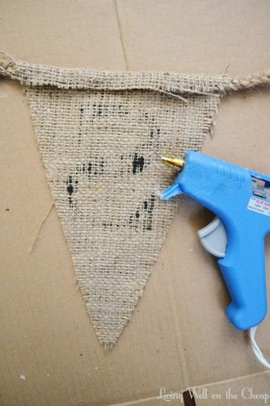 DIY Burlap Pennant Banner | Living Well on the Cheap