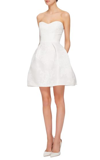 Monique Lhuillier Bridal Look 1 on Moda Operandi