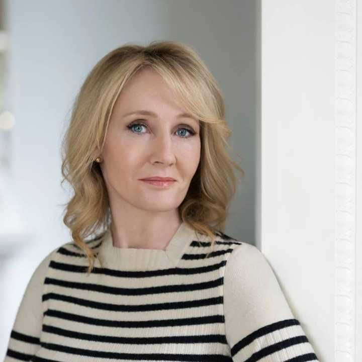 J.K. Rowling é autora da série 'Harry Potter'
