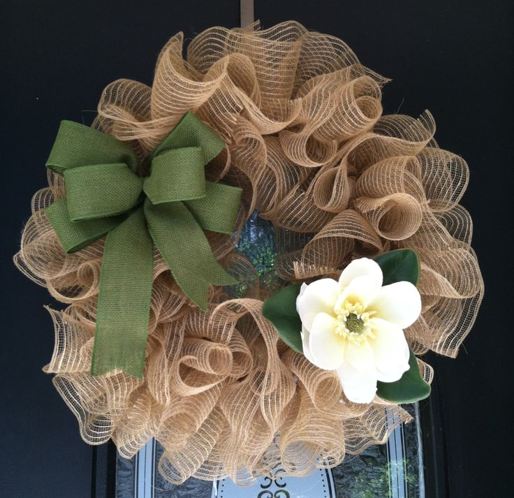 Everyday mesh ruffle wreath