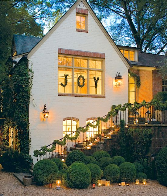 Boxwood Hedges | Holiday Decor | Curb Appeal | Front Door