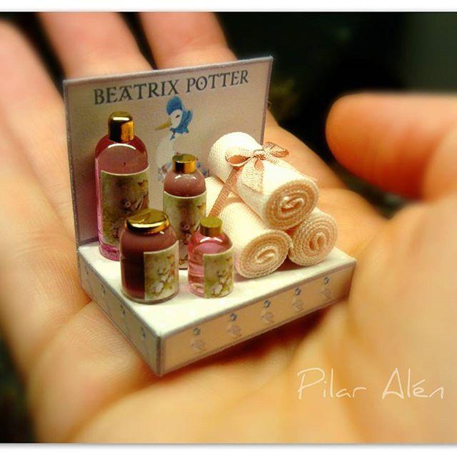 2017. Miniature Bath Set Beatrix Potter ♡ ♡ By Pilar Alén