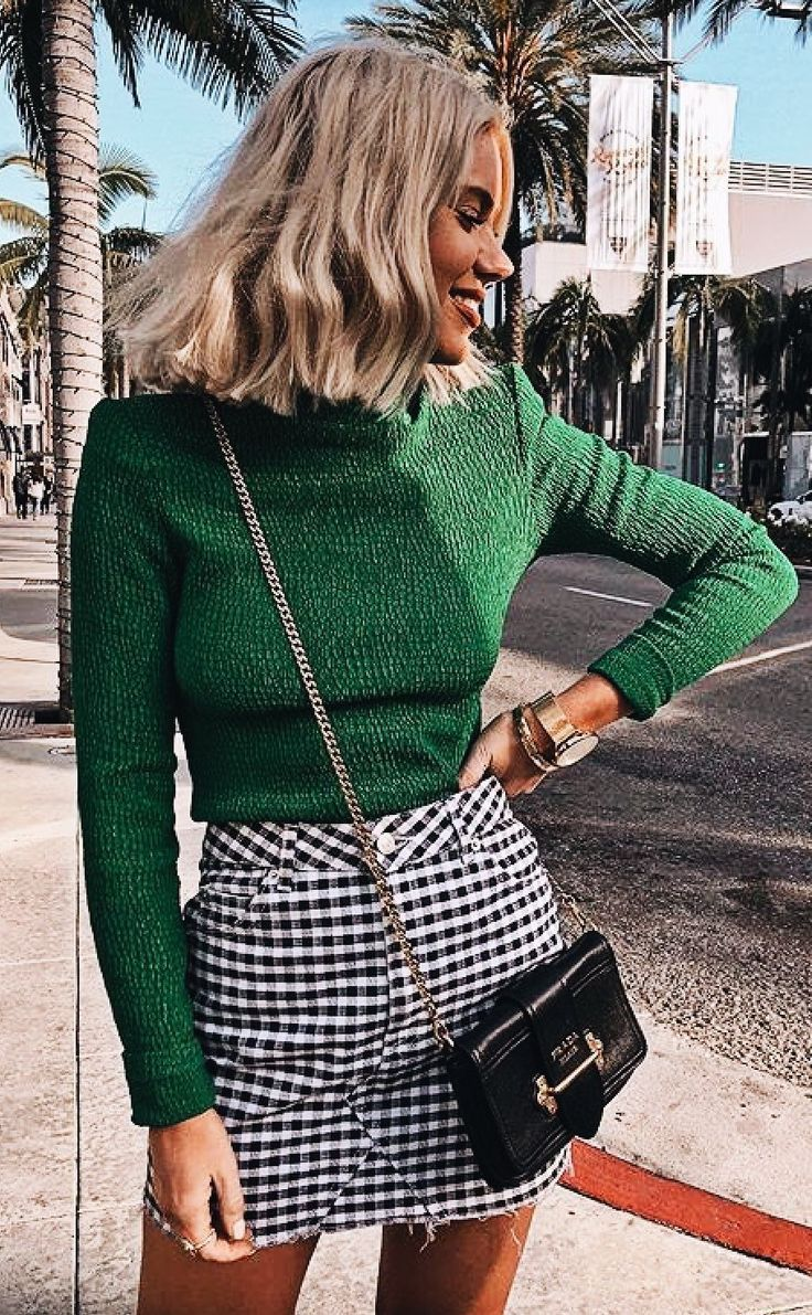Nadire Atas Cozy Fall Fashion Fashion Colors / Autumn & Winter 2018-2019: Green. H … #sweet #herbst #herbstmode #modefarben