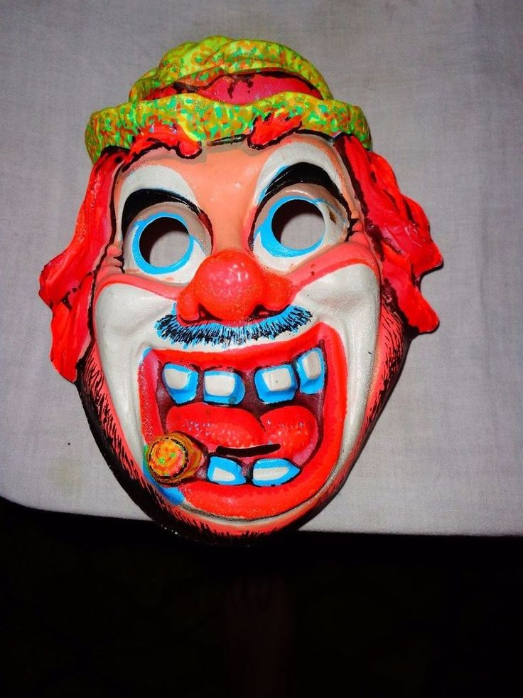 how to make a clown mask