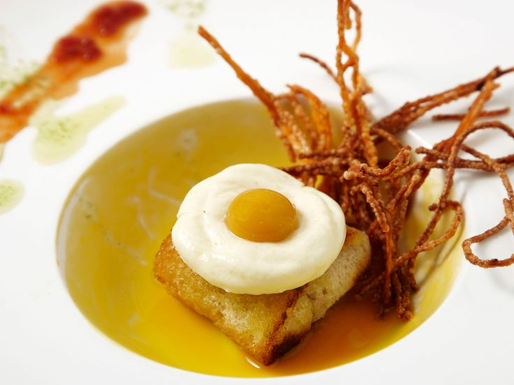 The Basque region epitomizes the two extremes of Spain's culinary spectrum: pricey three-star Michelin restaurants, such as Akelare and Arzak, and humble holes-in-the-wall. In this roundup, we