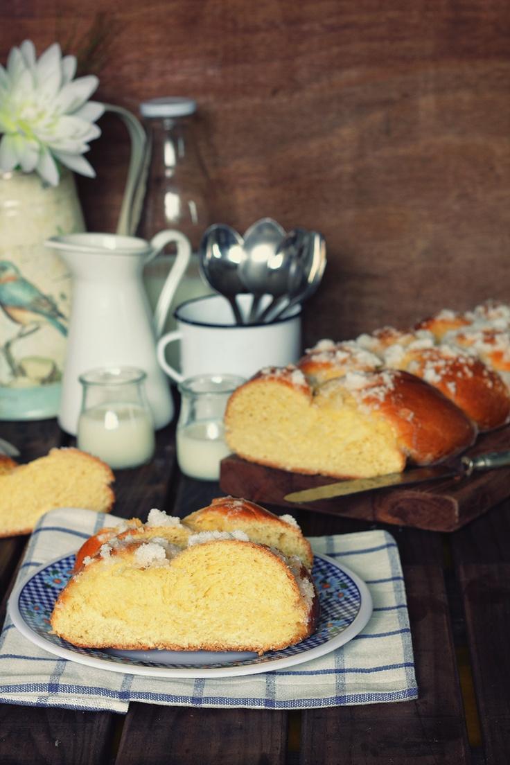 Kanela y Limón: Rosca de Pascua  http://guiavulevu.com/guia/rendez-vous-gourmet/semana-santa-gourmet-en-bs-as/