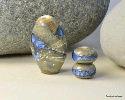 Diamond Blue Pebbles. Lampwork glass by Pandanimal