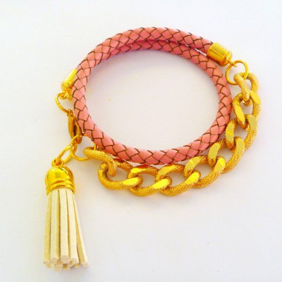 Make this easy chain and leather wrap bracelet even if you are a beginner in jewellery making!