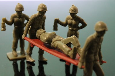 Tim Mee Toy Soldiers Army Men Military Gi's Battleground Playset Vintage