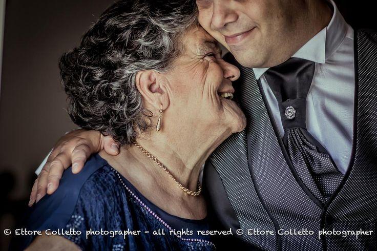 Mi strinsi al fianco della mamma…..ed ancora sentii addosso i suoi bei capelli come l'ala di un angelo...e fui davvero felice!  www.ettorecolletto.com
