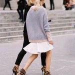 Witte zomerjurk + oversized sweater