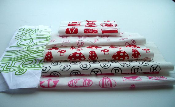 Remnants Pack - Pinks and Reds - Set of Six Mixed Pieces on Etsy, £9.07