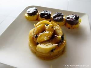 Timbale de pommes, boudin et foie gras