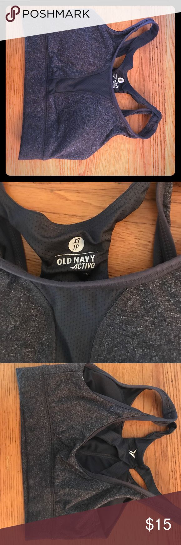 Old Navy Sports Bra Xs old navy sports bra. Great condition! Old Navy Intimates & Sleepwear Bras