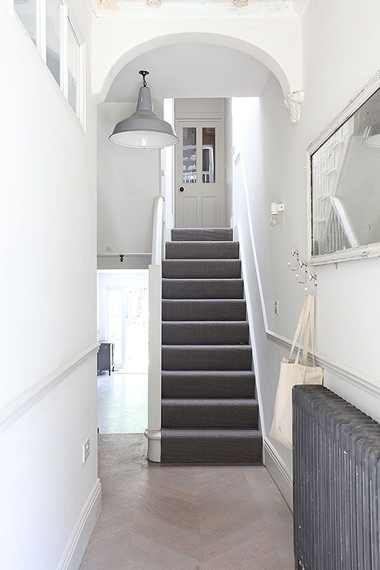 Sophisticated interior | Period home |Hallway | Grey highlights in hallway
