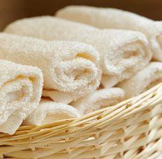 Grijze drap in het deurrubber van je wasmachine? Muffe was? Ga vetluis te lijf en krijg weer een heerlijke frisse was met deze schoonmaaktips van Flair!