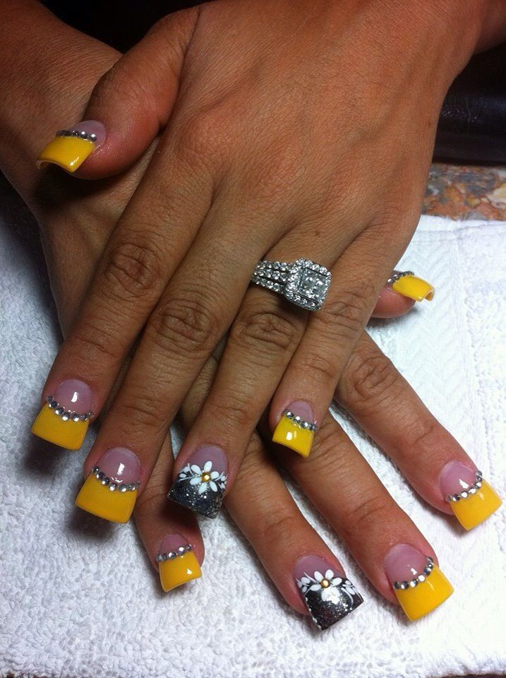 165 best yellow nail art images on pinterest pretty nails nails artllow and gray nails prinsesfo Gallery