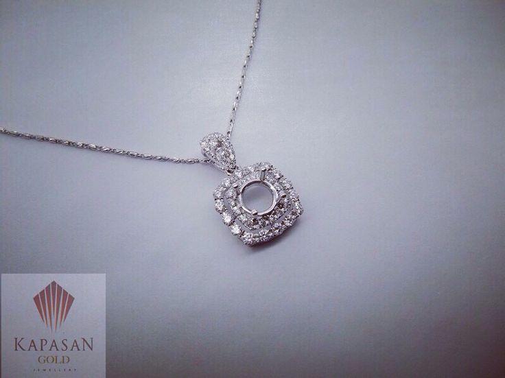 Diamond pendant for 0.70carat