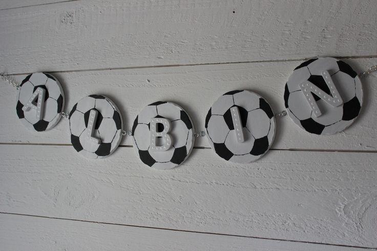 Tuff fotbollsgirlang till barnrummet
