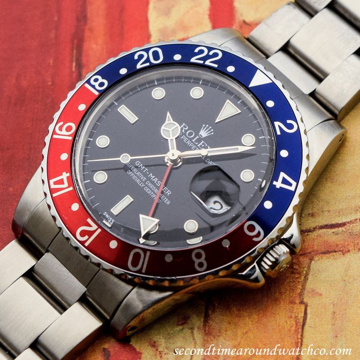 Nice! A 1983 Vintage Rolex GMT-Master Reference 16750 with Pepsi bezel. This example comes equipped with a black dial with steel-framed, luminous markers, luminous, Mercedes-Rolex hands, and a 27-jewel, automatic caliber 3075 movement. Originally, the Rolex GMT-Master was designed in collaboration with Pan-Am Airways, for pilots flying long distance in 1954. (Store Inventory # 10457, listed at $6950, available for purchase online and in store.)  #rolex #gmt #master #pepsi #bezel #vintage…