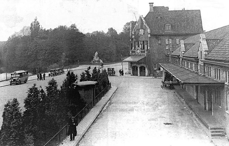 1920 stationsgebouw