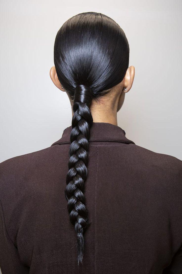 Jede Frisur der Paris Fashion Week, die Sie sofort neu kreieren möchten