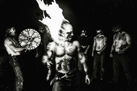 Lobos de Vinland: el Club de la Lucha se hizo tribu pagana (y racista)
