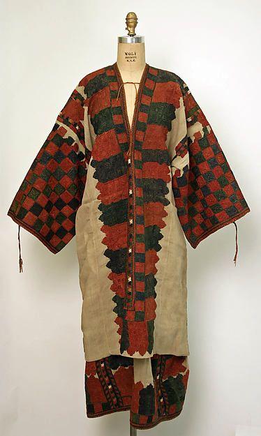 Cotton dress from Karpathos, Dodecanese, Greece.18th century. © The Metropolitan Museum of Art [http://europeanafashion.tumblr.com/post/81376370460/cotton-dress-h-1-405-m-karpathos-dodecanese; http://www.filepmotwary.com/motwary/2013/11/27]