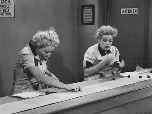 Always have each others back | How To Be A Best Friend As Told By Lucy And Ethel