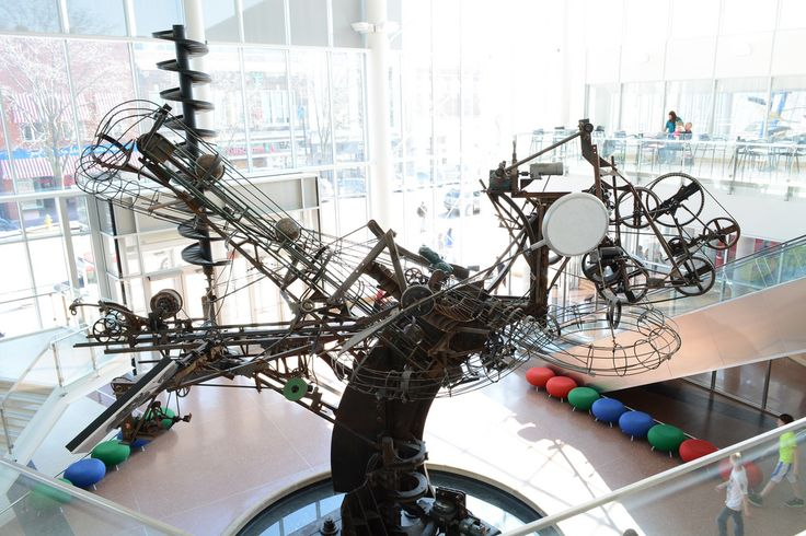 Kids are fascinated by the moving parts of Jean Tinguely's Chaos I sculpture in Columbus | Photo by Richard McCoy