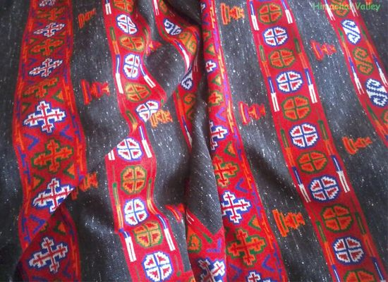 Shawlsare all time favorite woollen clothing which is preferred to be worn over the shoulder during winter season. When we talk about Himachal Shawls the first name which comes to our mind is of Kullu shawls.Its origin is from the land ofHimalayasKullu.