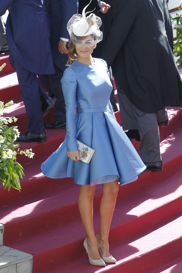 Desfile de tocados y pamelas en la boda de Cayetano Rivera y Eva González - Foto 2