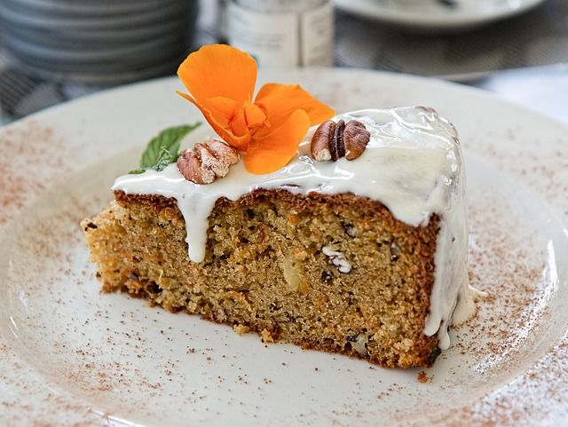 HAPPY NATIONAL COFFEE DAY! Try out this Apple Walnut Poppy Seed Coffee Cake- the recipe is the third place winner from the Almanac's 1991 cake contest!