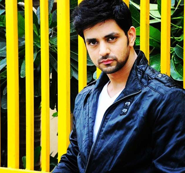 Shakti Arora on a shopping spree : Tv Talks