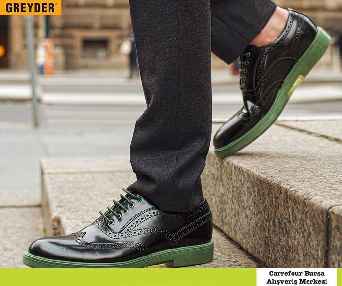 Greyder'de; kusursuz tasarım, ince detaylarla buluşuyor… #greyder #kusursuz #tasarim #detay #shoes #ayakkabi #carrefoursabursaavm