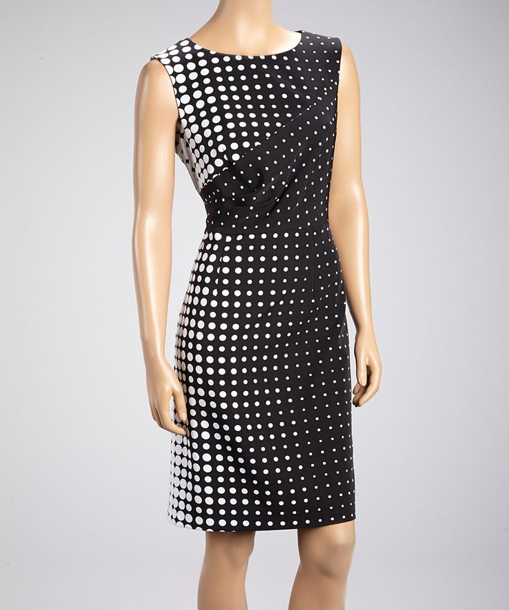 Black & White Vanishing Polka Dot Dress // effective pattern design!