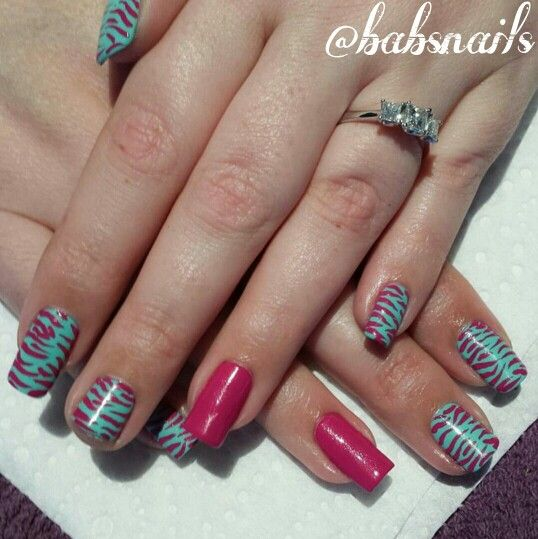 IG @babsnails Zebra print with Celestial Cosmetics nail polishes.