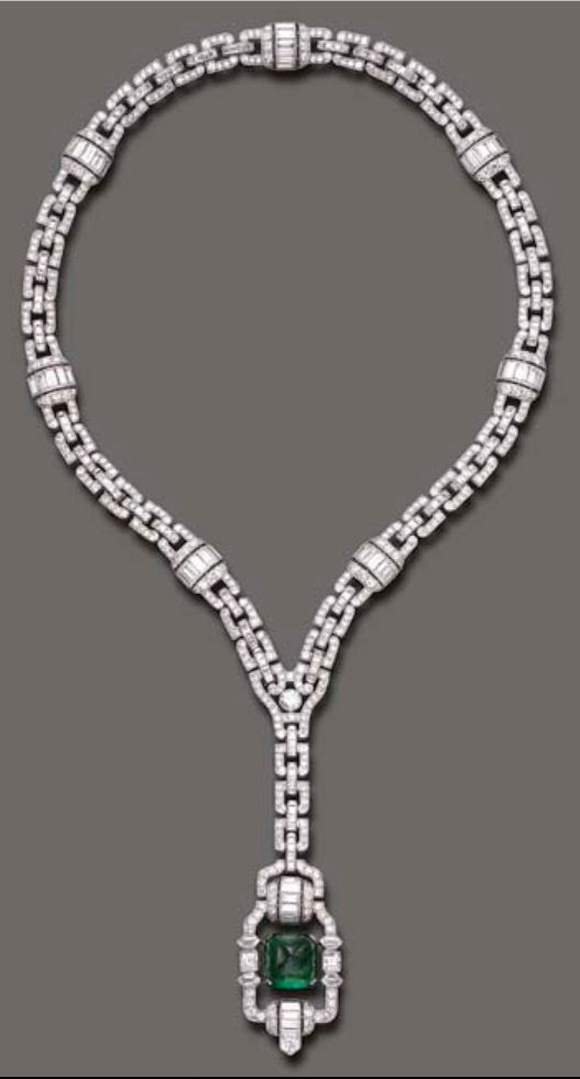 ART DECO Collar de  diamantes y esmeraldaa