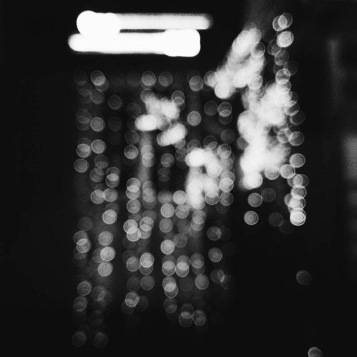 Из того что вы обижены еще не следует что вы правы. Рикки Жерве  #vsco #vscocam #vscorussia #vscominimal #minimalism #bnw #minimal #monochrome #unlimitedminimal #insta_bw #bw #blackandwhite #bnw_society #nocolor #minimalismlife #bwlife #bw_lover #simple #blackandwhiteonly #bwoftheday #lessismore  #минимализм #чернобелое #чб #философия #психология #цитаты