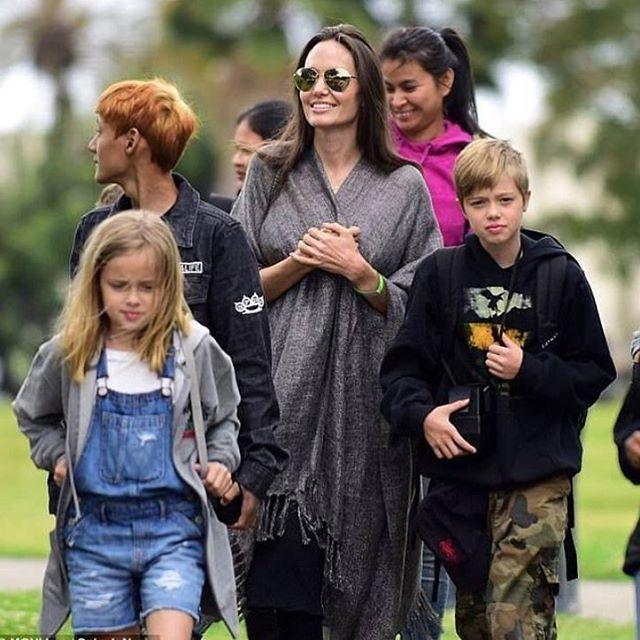 ‼️NEW‼️Мамины девочки��Анджелина Джоли с Шайло и Вивьен на прогулке в Лос-Анджелесе.⭐️��28.05.2017, LA ---- #AngelinaJolie #bradpitt  #superstars #summertime #cannesfilmfestival  #topface #body#oceandrive #ocean #знаменитости #disneyland #kimkardashian #angelinajolie #rihanna  #hawaii#новостизвезд #голливуд #москва #сочи#россия  #model #superstars #supermodel #celebrity #beverlyhills #hollywood#victoriasecrets #topmodel#goddess http://tipsrazzi.com/ipost/1524729155035714465/?code=BUo7RaQldOh