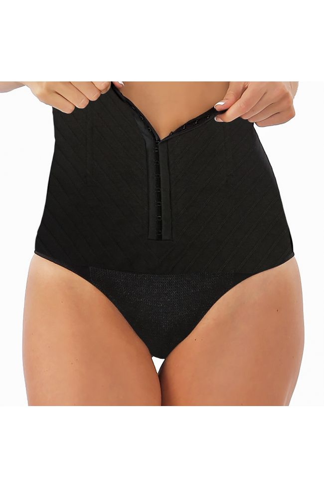 Protects incision area and helps speed up recovery -Silver-infused fibers woven into panty help eliminate odor and bacteria -Moisture-wicking fabric helps keep you cool, fresh and dry -Compression helps reduce swelling and discomfort -Supports weakened stomach muscles for easier mobility -Slims post-baby belly -Can be used after natural delivery -Includes ScarAway® Scar Repair Gel Sample