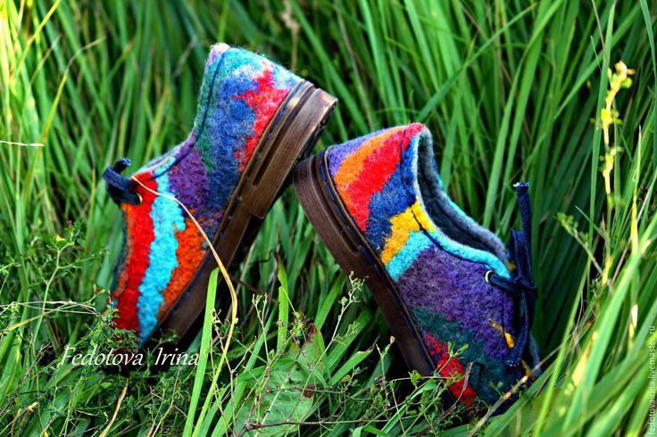 """Купить Туфли валяные """"Цветотерапия"""". - комбинированный, цветные туфли, красный, желтый, бирюзовый, изумрудный, синий"""