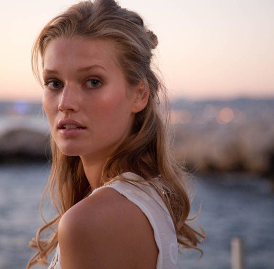 Toni Garrn for the Biotherm 2013 Campaign