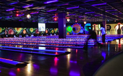 Cool Bowling Alley Google Search Boliche Pinterest