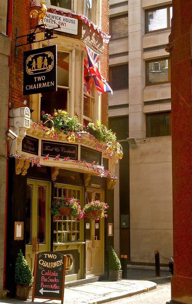 Two Chairmen Pub, London