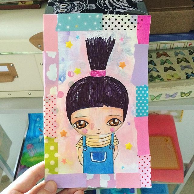 @ licesbury - I plan to kill you all with cuteness 🦄 #enchanted #agnes #mixmedia #painting #licesbury #susanatavares #taller #cute #despicableme #tag #collage #stars #instaartist #washitape #pink #pastel #watercolor #acrylic #tecnicamixta #gru #grumivillanofavorito #crayola #neocolor #illustration #kids