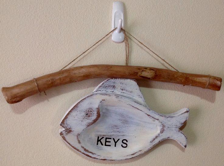 Nearly finished my keys holder just have to add the hooks. Off to the store to buy hooks. This one of the kind. Wood branch used from a tree is sealed with a clear finish and the fish is wooden and up cycled. Hope you like it?  EllyBabasTreasures